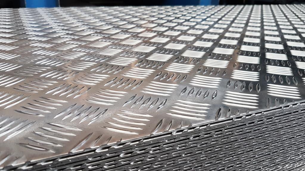 Lastre E Lamiere In Alluminio Mandorlato Lega En Aw 3105a F